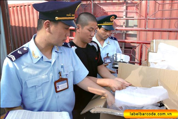 Kiểm tra hàng hóa hải quan xuất nhập khẩu